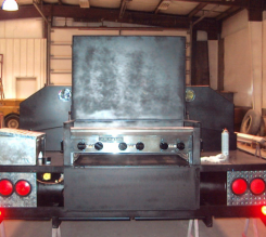 Linda's Grill-Built in Shop